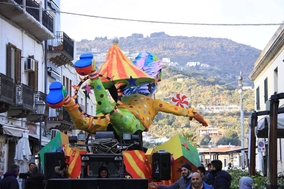 201903_Lipari_carneval_corso_01